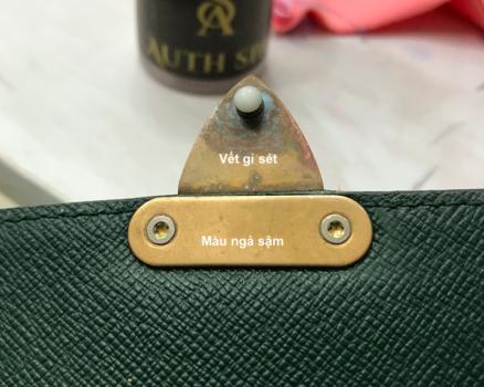 Làm mới, làm sáng khoá túi xách Louis Vuitton 18