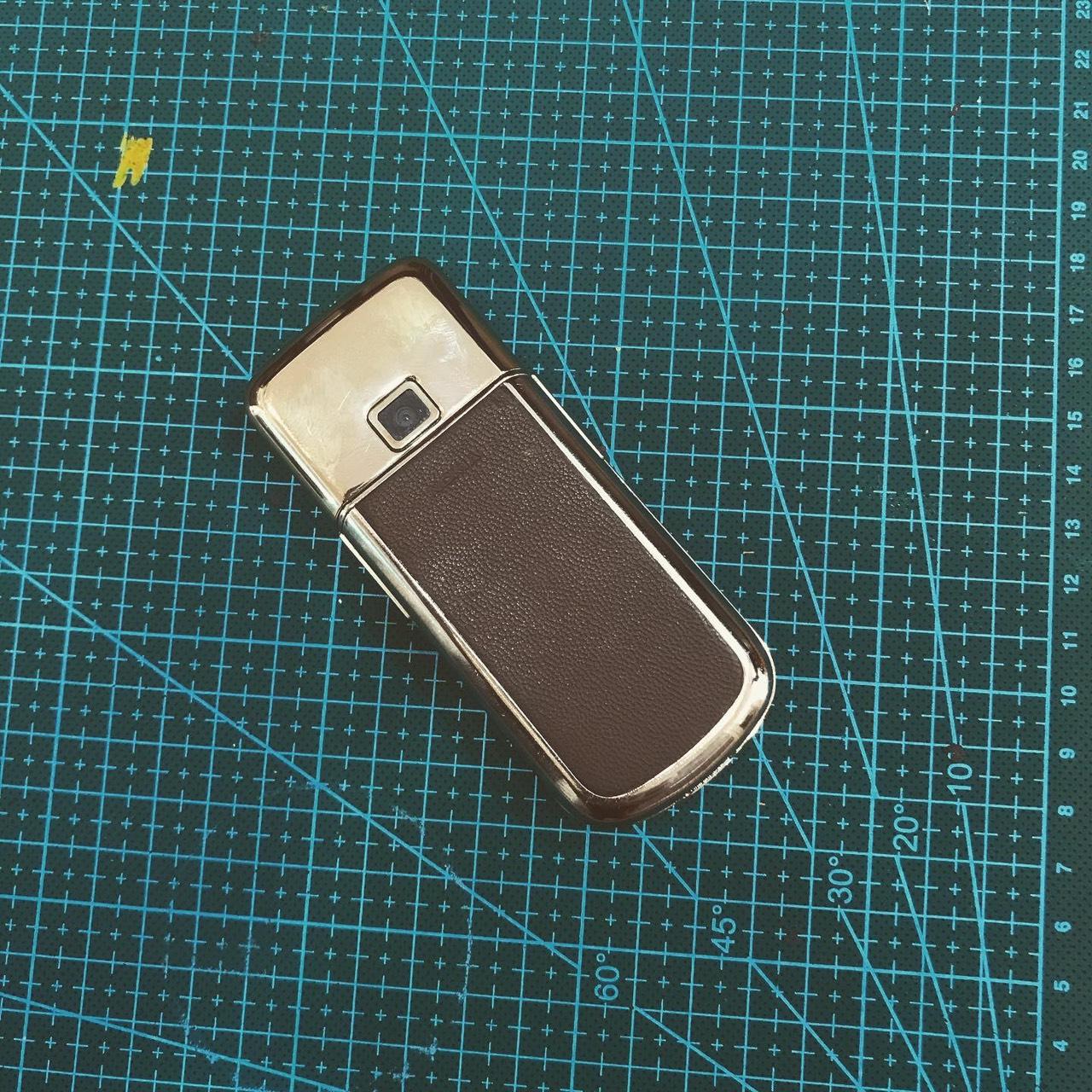 Dán da LV cho Nokia 8800 Gold Arte 2